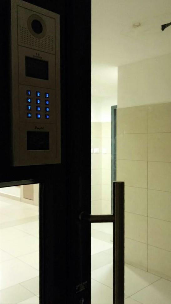 תיקון דלתות כניסה בהרצליה